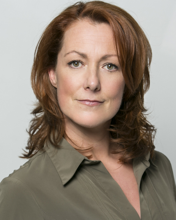 Joanne Heywood-76a
